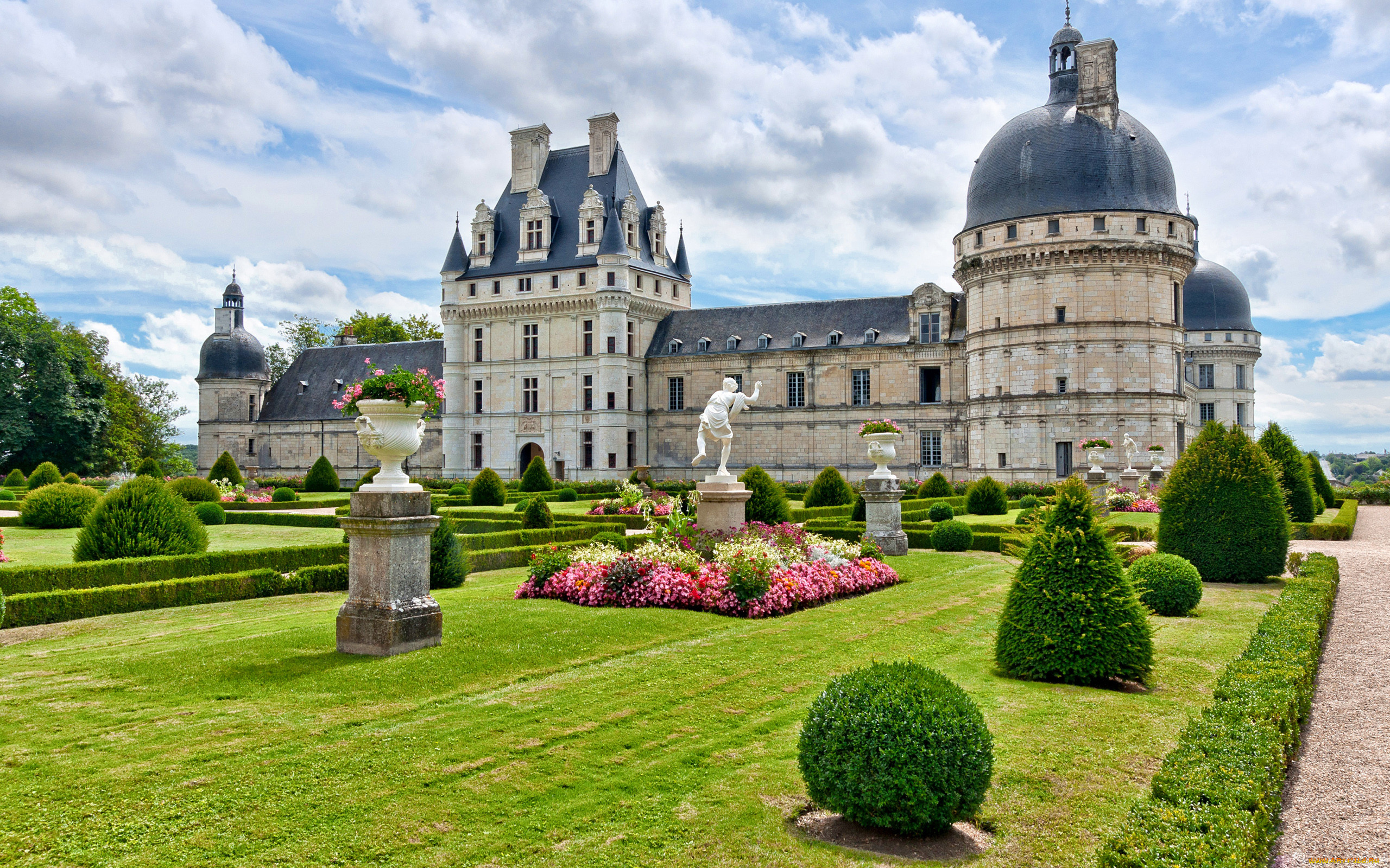 вам замки и дворцы франции картинки нашумевшее видео